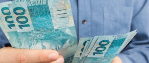 Cresce busca por empréstimos. Como evitar o mau endividamento?