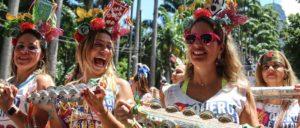 Troca de cartão, clonagem: saiba como evitar golpes no carnaval
